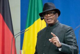 VOJNA POBUNA NA MALIJU Uhapšeni predsjednik podnio OSTAVKU i raspustio parlament