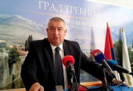 Stanković: Prirodne resurse vratiti na upravljanje opštinama