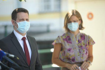 OPAKA ZARAZA SE NE SMIRUJE Dvije osobe preminule, još 79 slučajeva korona virusa u Srpskoj