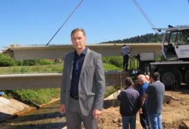RADOVI VRIJEDNI MILION KM Jugović: Ulaganja u infrastrukturu uprkos pandemiji