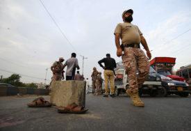 HAOS U KARAČIJU Bomba bačena na mitingu, ima žrtava