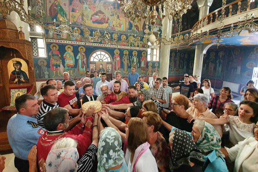 UGLEDALE SE NA SVOJU ZAŠTITNICU Humanitarke iz Ugljevika obilježile krsnu slavu