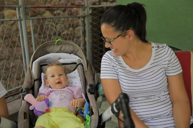 LANIN SAT OTKUCAVA Ako teško oboljela djevojčica za dva mjeseca ne primi lijek ISHOD ĆE BITI FATALAN