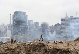 """VLASTI IGNORISALE UPOZORENJA O """"PLUTAJUĆOJ BOMBI"""" Sada je narod pobjesnio: Bejrut plače i VRIŠTI"""
