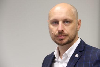 """""""RAST PRIMANJA NEMINOVAN"""" Petković traži da radnicima u Srpskoj bude vraćen topli obrok"""