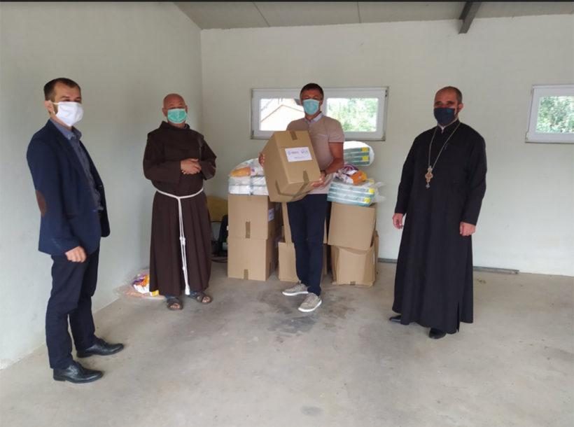 OBEZBIJEĐENO 300 PAKETA Pomoć odborima za međureligijsku saradnju