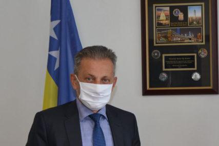 SPORNI SNIMAK KORISTILI ZA LIČNE OBRAČUNE Podignuta optužnica protiv direktora OBA Osmana Mehmedagića