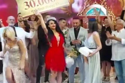 """KRUNA I 30.000 EVRA Ivanija iz Šipova odgodila fakultet zbog rijalitija, a sada je pobjednica """"PAROVA"""""""