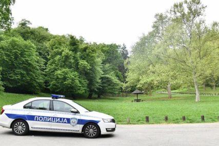 Vozač automobila I DALJE U BJEKSTVU: Ljekari se bore za život djevojke kojoj je OTKINUTA NOGA