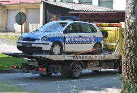TEŠKA NESREĆA KOD PRIJEDORA Vozač mopeda stradao pri sudaru sa policijskim vozilom (FOTO)