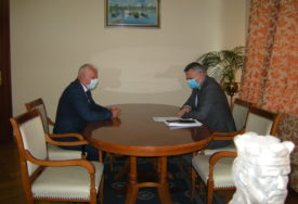 POMOĆ SRBIMA NA KOSOVU Gradonačelnik Siniša Milić primio Milorada Arlova (FOTO)