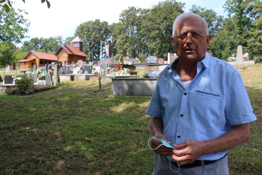 OŽIVIO DREVNU LEGENDU Čuvar običaja iz Potkozarja sagradio CRKVU OD HRASTOVINE (FOTO)