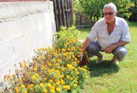 ZALJUBLJENIK U SELO Penzioner iz Potkozarja spojio tri ljubavi