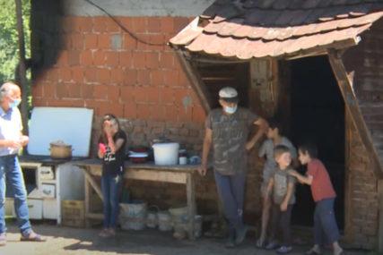 BOLESNI, GLADNI I BEZ KROVA Teška sudbina porodice Vidaković kod Modriče (VIDEO)