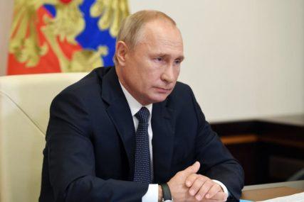 PUTIN POTVRDIO Bjelorusija među prvima dobija RUSKU VAKCINU