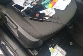 HAPŠENJE U BANJALUCI ZBOG KRAĐA I DROGE Policija pretresla kuće i vozila osumnjičenih