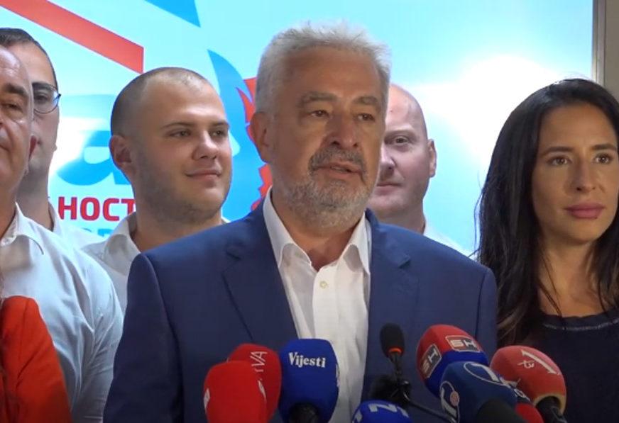 """KRIVOKAPIĆ PORUČUJE """"Prvi zvaničan poziv sa pozicije premijera biće Vučiću"""""""