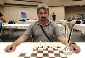 ŠAH PREBOLIO KORONU Zoran Runić šampion Srpske u brzopoteznom šahu