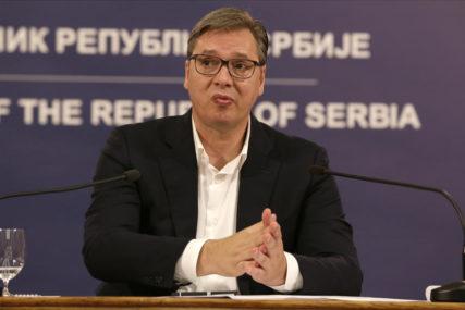 DELEGACIJA SRBIJE U VAŠINGTONU Vučič i Hoti počinju razgovore o ekonomskoj saradnji