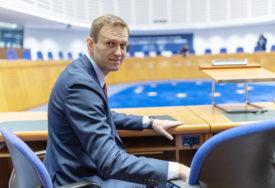 AVION POLIJEĆE VEČERAS Medicinski tim leti po Navaljnog