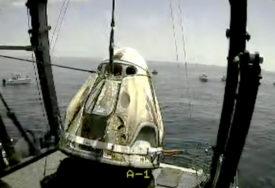 SPEJS IKS POLOŽIO Američki astronauti sletjeli u okean
