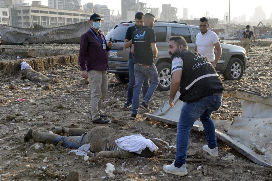"""""""MOLE NAS DA NAĐEMO DIJELOVE TIJELA NJIHOVE DJECE"""" U Bejrutu i dalje traje potraga za nestalima"""