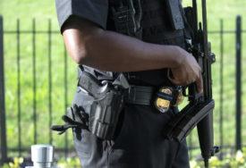 TRAMP EVAKUISAN SA PRES KONFERENCIJE Incident ispred Bijele kuće, muškarac upucan