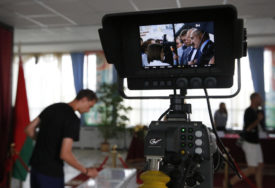 ZAVRŠENO GLASANJE Lukašenko vodi na izborima sa skoro 80 odsto