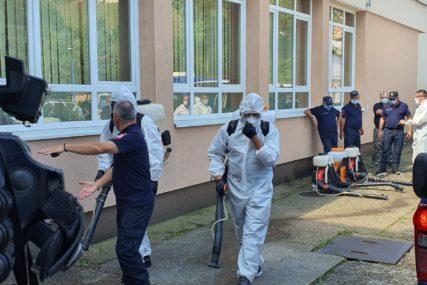 POČELA DEZINFEKCIJA I PRIPREMA ŠKOLA Trivić: Minimalne šanse za zarazu tokom nastave