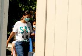 MJERA ZBOG RASTA BROJA ZARAŽENIH U Parizu obavezno nošenje zaštitnih maski na svim javnim mjestima