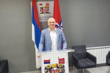 """""""VJERUJEM U POBJEDU"""" Dragan Vlačić kandidat SDS za načenika Istočnog Novog Sarajeva"""