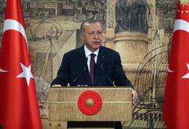 POZVAO ATINU DA ODSTUPI Erdogan: Nema popuštanja u sporu oko mora