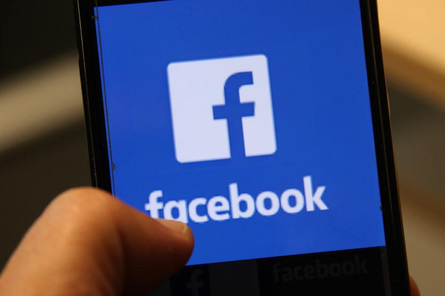BROJNI PLANOVI Fejsbuk razvija smartvoč i pametne naočare