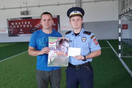 HUMANITARNA AKCIJA ZA MALU SOFIJU I policajci prikupili novčana sredstva za liječenje djevojčice