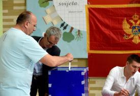 STIGLI PRVI REZULTATI IZBORA Đukanović i opozicija GOTOVO IZJEDNAČENI