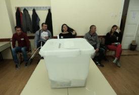 ZA TRI SEDMICE 238 NEPRAVILNOSTI Stranke u zabranjenoj kampanju u svakoj trećoj opštini u BiH