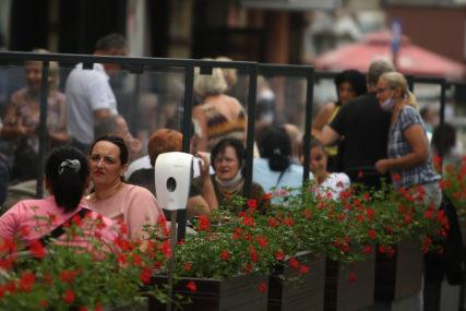UGOSTITELJI BEZ GREŠKE, VOZAČI PLATILI CEH Koliko se poštuju epidemiološke mjere u gradu