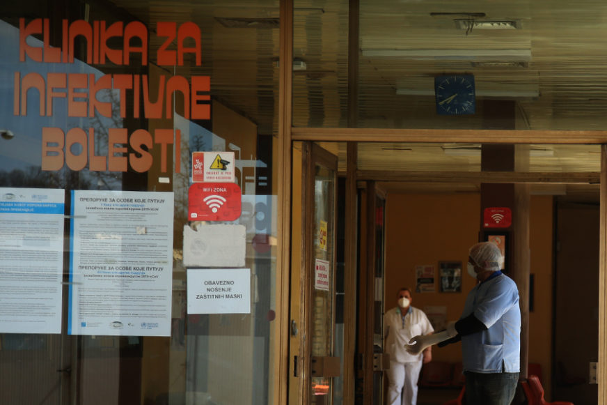 ŽIVOTNO UGROŽENO DESET ODSTO PACIJENATA Na bolničkom liječenju zbog korone 173 osobe
