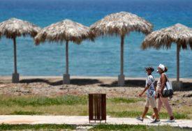VRATILI STROGE MJERE Naređeno zatvaranje restorana, plaža, suspendovan javni prevoz
