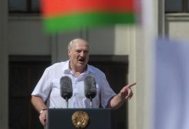 """""""NEĆE BITI NOVIH IZBORA"""" Lukašenko spreman da dijeli vlast, ali ne POD PRITISKOM"""
