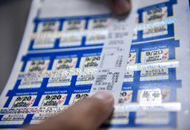 PREVOZ ZA ĐAKE OD DANAS JEFTINIJI  Počela prodaja mjesečnih karata sa sniženom cijenom