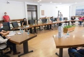 GEST ZA PRIMJER Opština Prnjavor nagradila 11 najboljih studenata