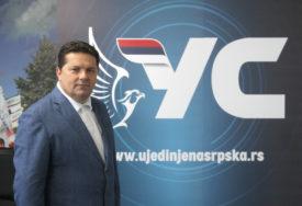 Stevandić za SRPSKAINFO: Srpskoj ne trebaju PARAZITI koji se kriju iza Dodikovih velikih leđa