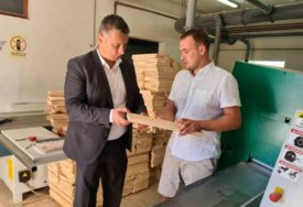 "NEŠIĆ U NOVOM GRADU ""Drvna industrija i poljoprivreda ogroman potencijal Srpske"""