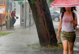 NARANDŽASTO UPOZORENJE ZA BANJALUKU Očekuje se veća količina padavina i pojava grada