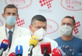 """""""BOLEST LIČI NA SUSRET SA SMRĆU"""" Banjalučki ljekar opisao traume mladih pacijenata zaraženih koronom"""