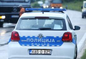 UVAĆENI NA DJELU Policija uhapsila dvije osobe zbog konzumiranja i posjedovanja narkotika
