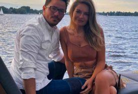 SRCE FUDBALERA OSVOJILA PRELIJEPA NILAJ Odbila ga je u srednjoj školi, a 16 godina kasnije planiraju svadbu