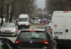 ZA PREBRZU VOŽNJU I DO 2.000 KM Pripremljene nove izmjene Zakona o osnovama bezbjednosti saobraćaja