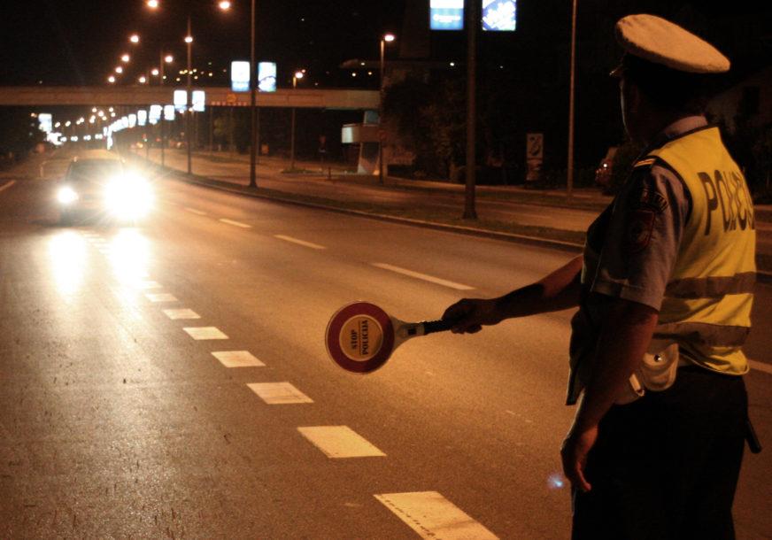 VIŠESTRUKI PRESTUPNIK OSTAO BEZ AUTA Nakupio saobraćajnih kazni u iznosu od 4.920 KM